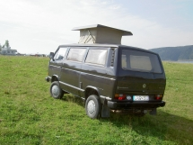 VW_Type2_T3_Caravelle_Synchro_with_roof
